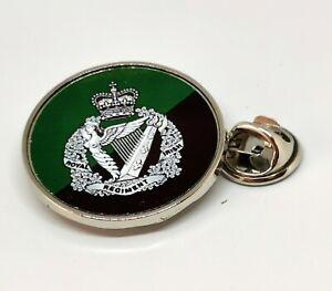 Royal Irish Regiment Military lapel pin badge / Key Ring
