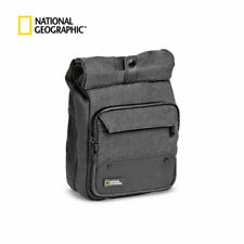 National Geographic Authentic Walkabout Vertical Camera Report NG W2250 Bag