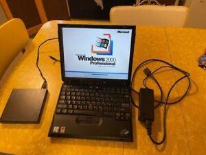 """Vintage IBM Thinkpad Laptop Windows 2000 Works!12.1""""  PIII-M - 512 MB 40GB"""