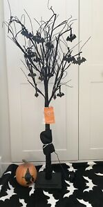 TK Maxx Halloween MARTHA STEWART Huge 1.3M Black Twig Bat Tree Lights Up Wow!