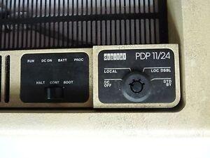 DEC PDP11/24 front panel Vintage Digital Equipment- 70-16958-01