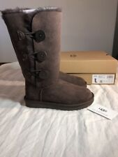 UGG BAILEY BUTTON TRIPLET II 1016227 CHOCOLATE NEW* SIZE 5 AUTHENTIC WITH BOX