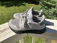 Youth Adidas Swift Run Raw White/Grey/Black Sz 4