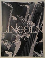 LINCOLN TOWN CAR orig 2000 USA Mkt Large Format Prestige Sales Brochure