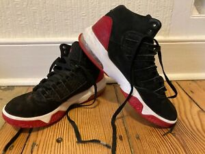 Genuine Boys Jordan trainers shoes/sneakers/Black, red & white/ Uk size 6/Eur 39