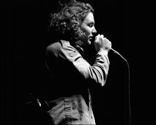 Eddie Vedder Unsigned Pearl Jam 8x10 Photo