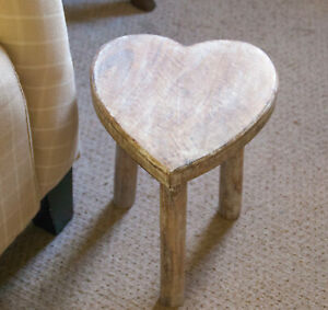 Wooden Heart Stool Side Table Mango Wood Shabby Chic Vintage Display 25cm Small
