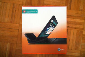 Motorola Atrix 4G Laptop Dock ['Lapdock'] works with Raspberry Pi