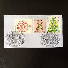 Lot de 3 timbres d'Autriche années diverses avec beaux cach- encore sur frag