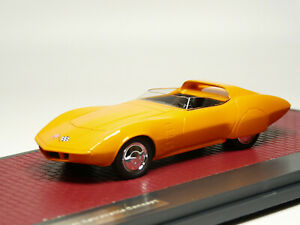 Matrix MX50302-062 1/43 1968 Chevrolet AstroVette Concept Resin Model Car