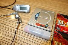 Aiwa AM HX50 + Display Remote + Aiwa Ohrhörer MD Minidisc Player . Mini .