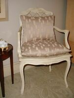 ITALIAN HOLLYWOOD REGENCY  WHITE CANE CARVED BEDROOM DESK LIVING ROOM CHAIR