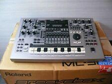 Roland MC-505 Groovebox Rhythm Machine Dance Synthesizer w/originalbox