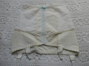 VINTAGE NYLON CORSET OPEN GIRDLE WITH SUSPENDERS - SIZE HIPS 36-38 INCHES