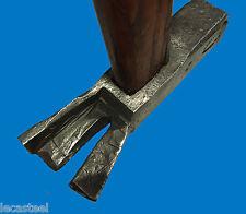 beau marteau de charpentier en fer forgé - outil ancien