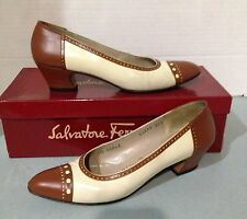 Cute Salvatore Ferragamo Tan Brown Cartolina Leather Low Heel Shoe 6 1/2 AAA EUC