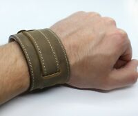 C18EH - khaki brown military bund watch band contrast beige stitching 20 mm lugs