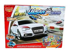 XXL 184 Piezas Auto Juguete Set Con Grande SPEED PISTA DE CARRERAS TREN LUZ &
