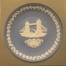 Wedgwood Jasper Blue-1975 Tower Bridge Christmas Collector Plate *New In Box*