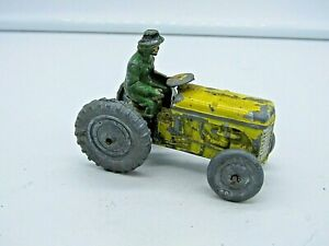 Crescent Diecast - Lead Fordson T20 Tractor And Driver