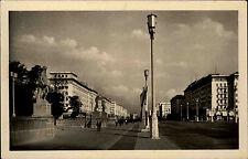 Berlin Ost DDR Postkarte ~1950/60 Stalin Allee an der Sporthalle ungelaufen