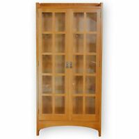 Stickley Furniture Arts & Crafts Mission School '815' Oak Display Cabinet