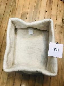 Ugg Australia Jade Cove sheep wool felt taupe medium basket NWT $78.00