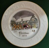 1979 Royal Worcester Christmas Plate with original packaging