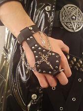 Nieten Armband mit Fingerring - Gotic - Kreuz - Nieten Handschuh -Stulpe  (WB54)