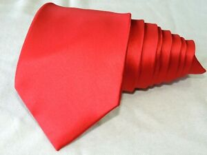 "Donald J. Trump MEN'S TIE RED/SOLID W: 3.7/8"" L: 58"""