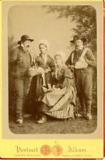 Paysans Vintage albumen print.  Tirage albuminé  9x12  Circa 1880
