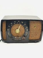 Vintage Zenith Tube Radio-Chassis 7H04Z2-WORKS
