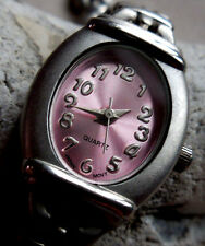 ADVANCE FG927 VINTAGE FEMININE,BOITIER OVAL INTEGRE,CADRAN METAL ROSE,(1980)