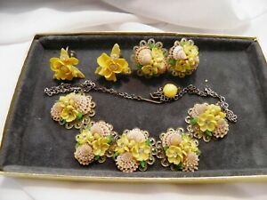 Vintage 1950s Handmade Shell & Floral Necklace w/ Link Chain & 2 Earring Sets