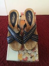 Dezario Womans Raven Wedge Sandal, Navy Size 6M