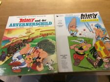 LOT de 2 **ASTERIX ** en allemand ( couverture souple)