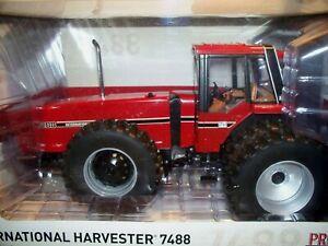 FARMALL INTERNATIONAL HARVESTER 7488 TOY TRACTOR PRESTIGE EDITION