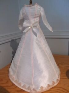 """14.5-15"""" Huret/rench Fashion Doll Silk Visiting dress with silk points."""
