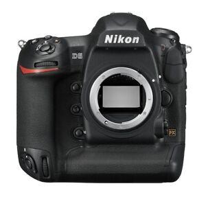 Profi DSLR Nikon D5 Gehäuse XQD-Type GEBRAUCHTWARE mit 355.174 Auslösungen