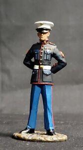 W.Britain Jack Tars & Leathernecks 13001 US Marine in Dress Blues - Britains