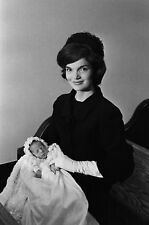 8 x 10 REPRODUCTION PHOTO OF FIRST LADY JACQUELINE KENNEDY