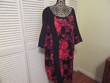 Sangria Dress,Woman Plus, 22W,NEW, 3/4 sleeves,red floral& black panels,lined.
