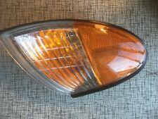 New Hyundai TURN SIGNAL LAMP FR 92302-27050 GENUINE