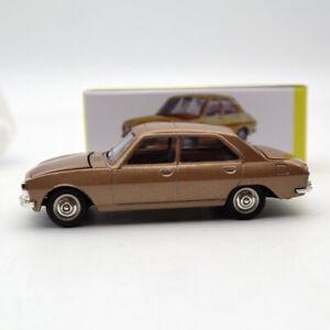 1/43 Atlas Dinky Toys 1452 PEUGEOT 504 Diecast models car