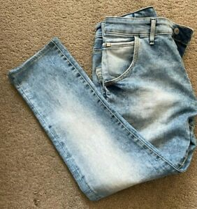 Men's Guess Jeans - Cliff. Tapered. Size 32 x 27. FREE P+P. Blue