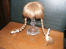 Ältere Kunststoff-Perücke-dunkelblond-Zöpfe-für Puppe-Kopf-Umfang  ca  29  cm