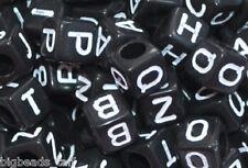 500 pezzi cubetti nero misto acrilico alfabeto/ lettera perline 6mm