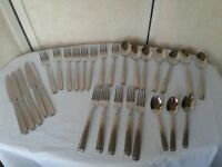 Pfaltzgraff Leighton Ribbed 18/10 Stainless Flatware 28 Pc Forks, Knives, Spoons