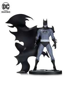 Batman Black and White by Norm Breyfogle Statue DC Direct DC Collectibles
