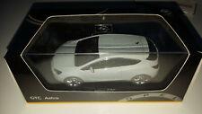 Opel Astra J GTC 1:43 mineralweiß NEU in OVP !!